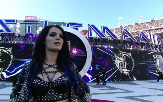 Paige Wwe Diva She Did The Blue Underneath And I Think It
