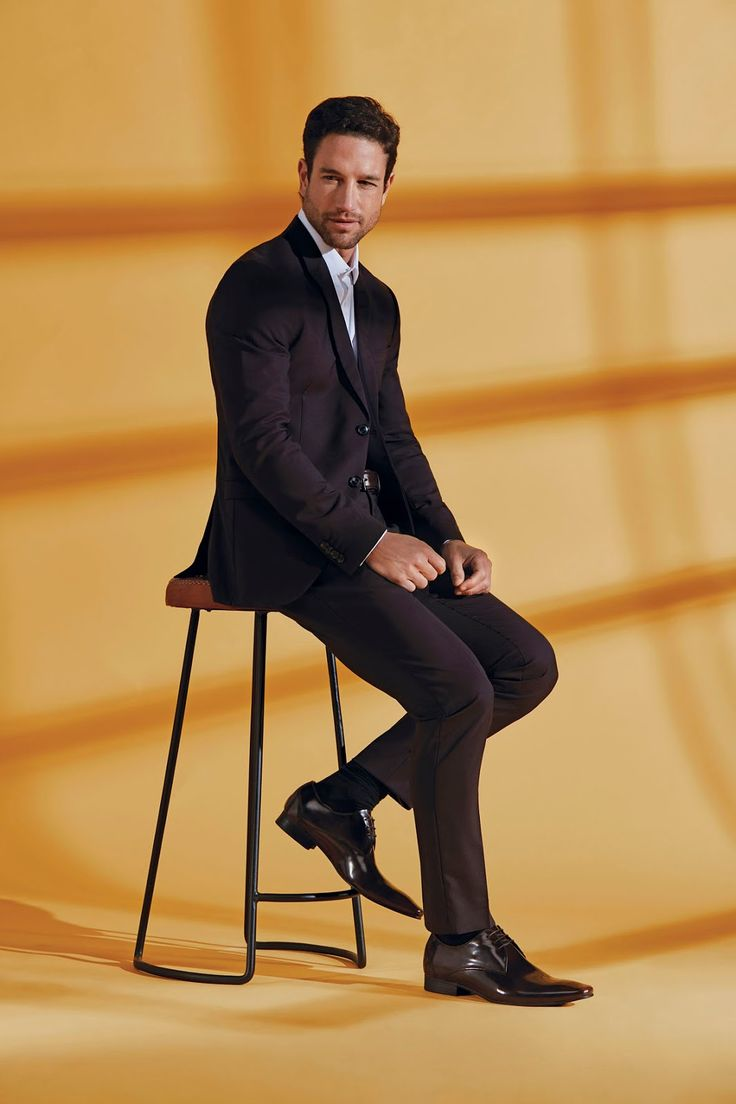 This season Green Cross is bringing us the new Suit Up Summer 2017 collection which is styled for elegance and engineered for comfort. T...