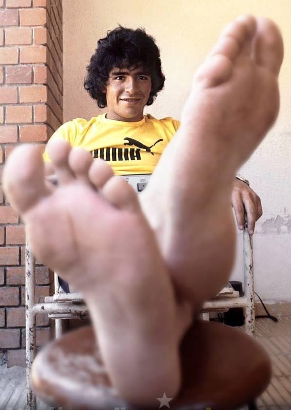 Diego Maradona   Sportfanzine #maradona #rare #legend
