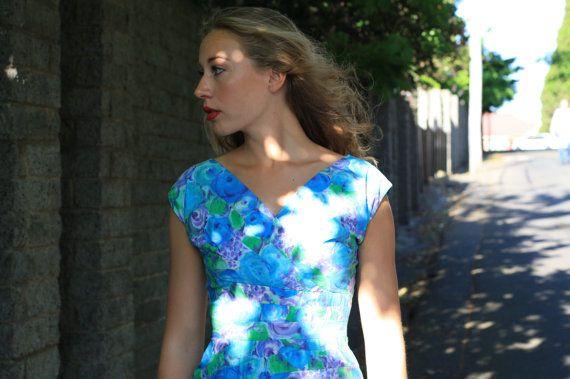 Vintage 1950s Blue Bella Dress / Cotton/ Pin Up Dress / XS/S