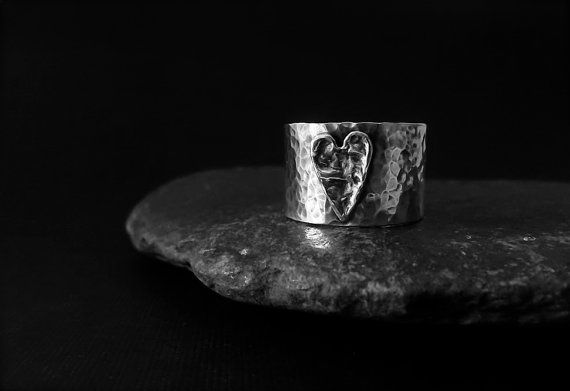 WiDe BaNd StERLiNg SiLVeR HeArT RiNg by LynneC on Etsy, $78.00