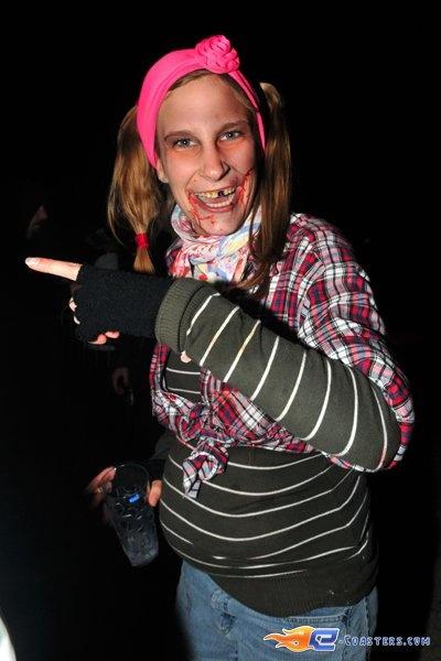 50/50 | Photo des soirées de l'horreur, Terenzi Horror Nights 2010 situé pour la saison d'halloween à @Europa-Park (Rust)(Allemagne). Plus d'information sur notre site www.e-coasters.com !! Tous les meilleurs Parcs d'Attractions sur un seul site web !!
