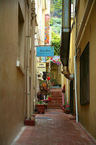 Kalk Bay alley way | Flickr - Photo Sharing!