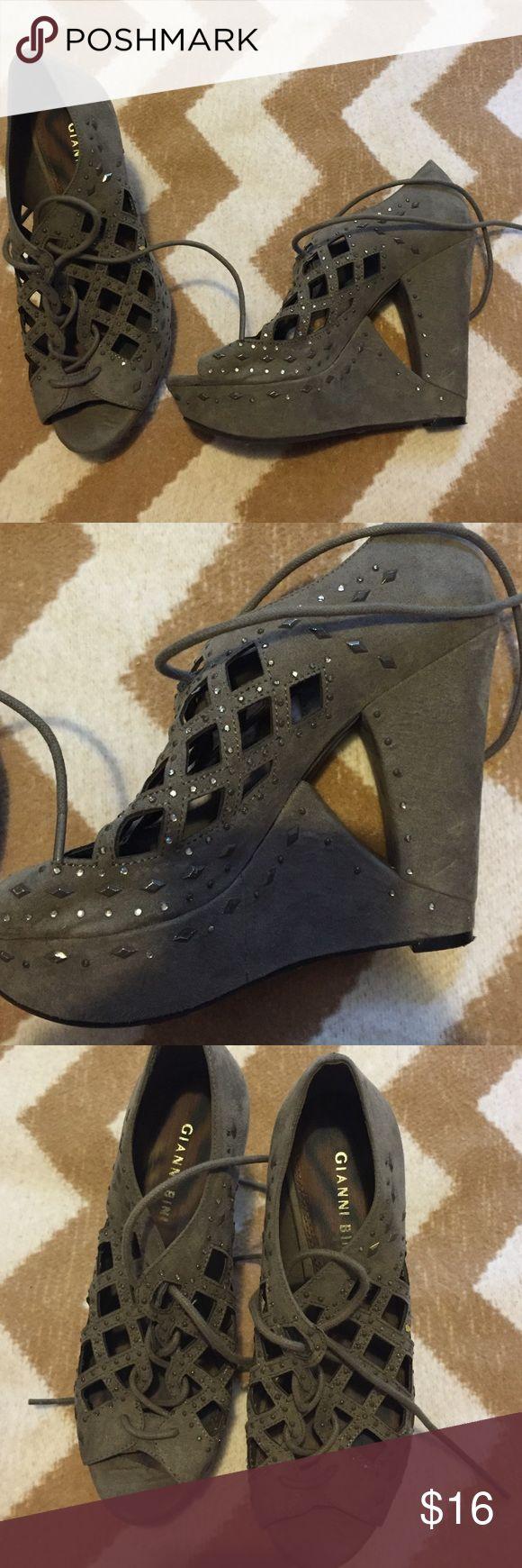 Gianni Bini wedges Good condition Gianni Bini Shoes Heels
