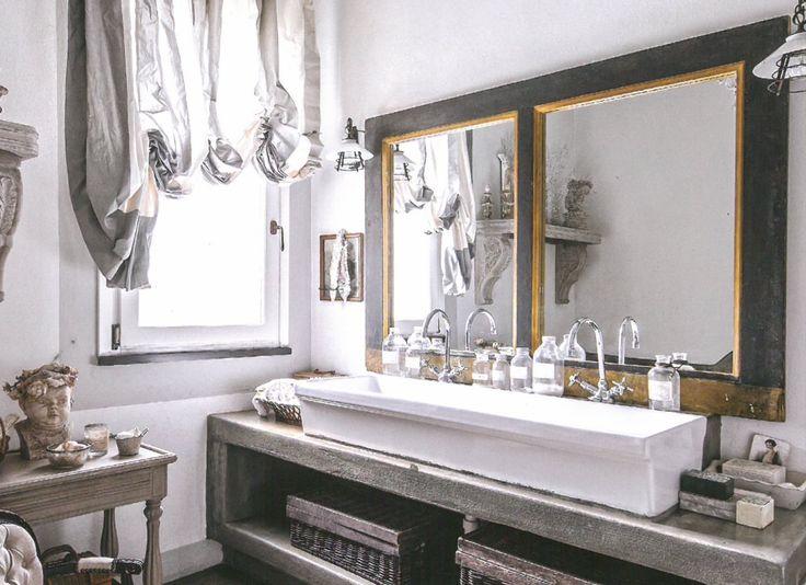 #monicadamonteinteriordesigner bathrooms french style pubblication Quin magazine