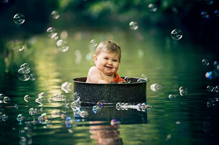 Bubble photography, magical photography, little girl photography, water photography, Lisa Karr Photography, Beloit Wisconsin, Find on Facebook