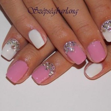 fehér pink műköröm