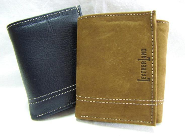 Tri-fold: Compactas, cómodas y utilízimas. Billeteras trifolio.