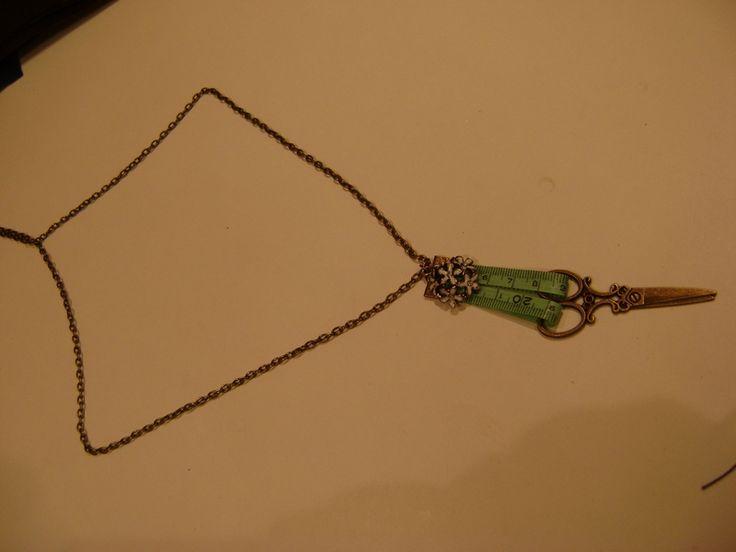 collar tijeras vintage2 de Thuytienda por DaWanda.com