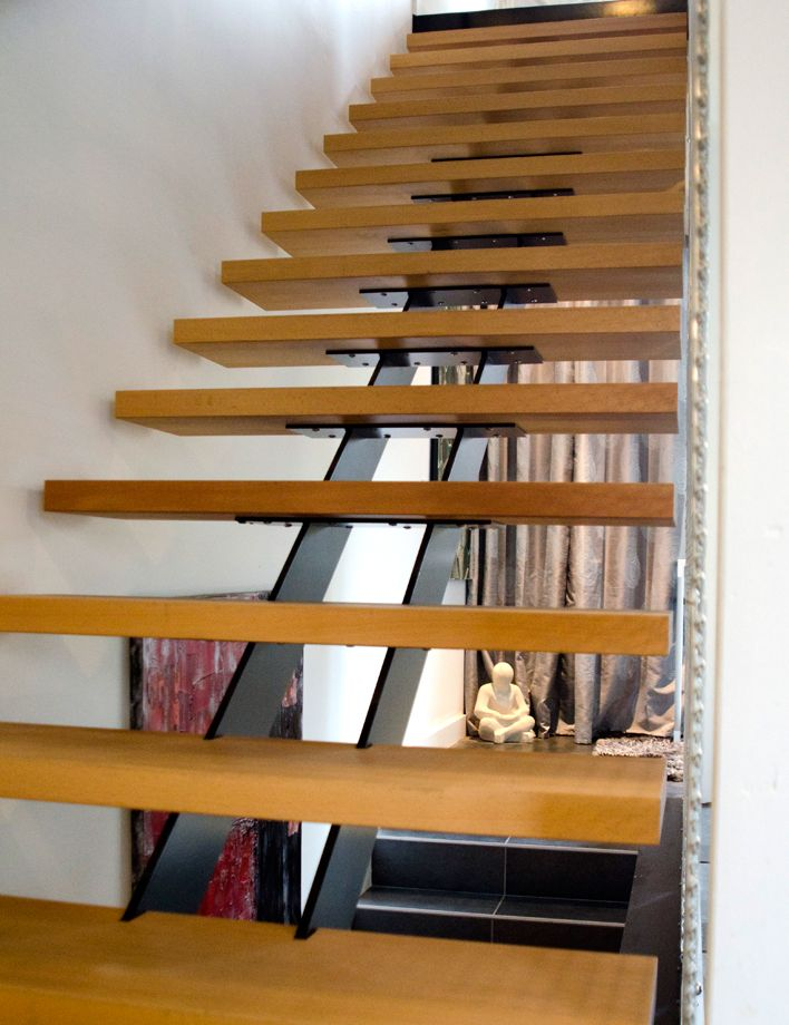 17 meilleures id es propos de limon escalier sur pinterest escalier desig - Escalier limon central acier prix ...