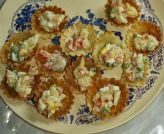 Canapes baskets forminhas goan recipes n more goan for Canape fillings indian