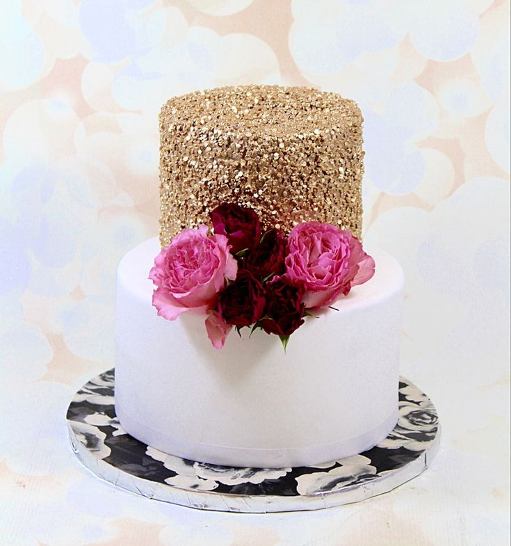 Gold Sequin Cake  Gold Sequin Cake Gold sequin cake  #antique-gold #gold #luster #rose-gold #silver #metallic #featured-cakes #cakecentral