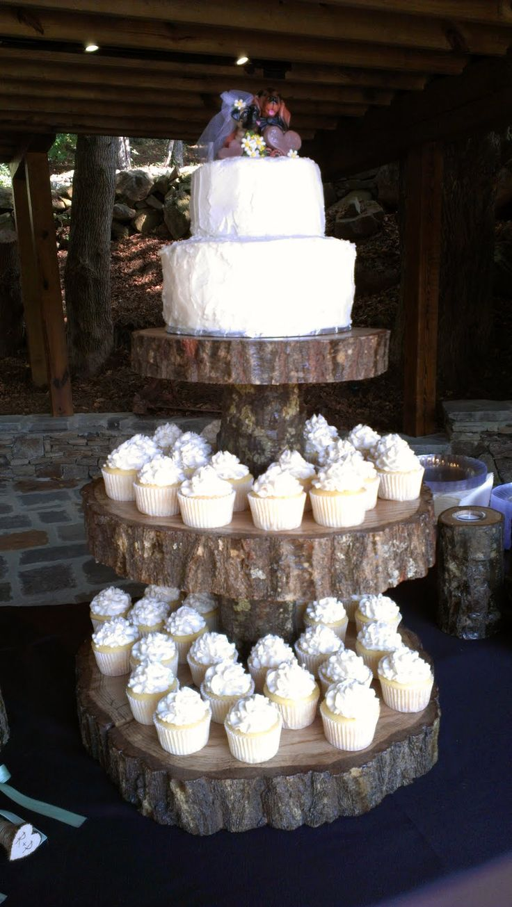 rustic wedding cake and cupcake ideas 17 best ideas about rustic wedding cupcakes on 19519