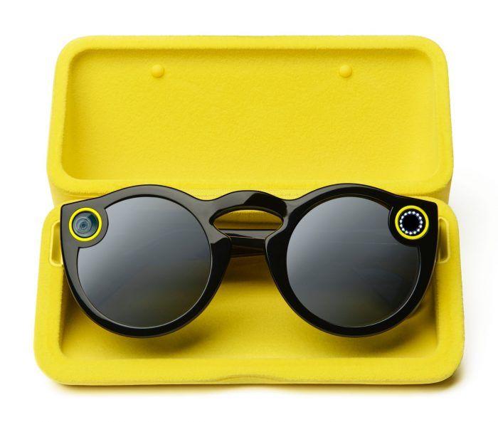 Snapchat ou Snap? Óculos para capturar seus momentos? Já existem.  #snap #snapchat #spectacles #gadgets #modernistablog via blogs.jovempan.oul.com.br