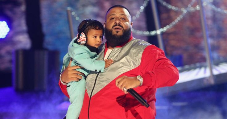On the Charts: DJ Khaled Edges Imagine Dragons for Number One http://www.rollingstone.com/music/news/charts-dj-khaled-edges-imagine-dragons-for-number-one-w490733?utm_campaign=crowdfire&utm_content=crowdfire&utm_medium=social&utm_source=pinterest