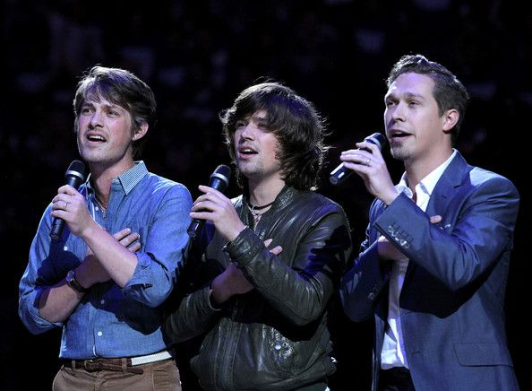 Singing the national anthem at an OKC Thunder game. Hanson have an official Pinterest page now. Yayyuhhh