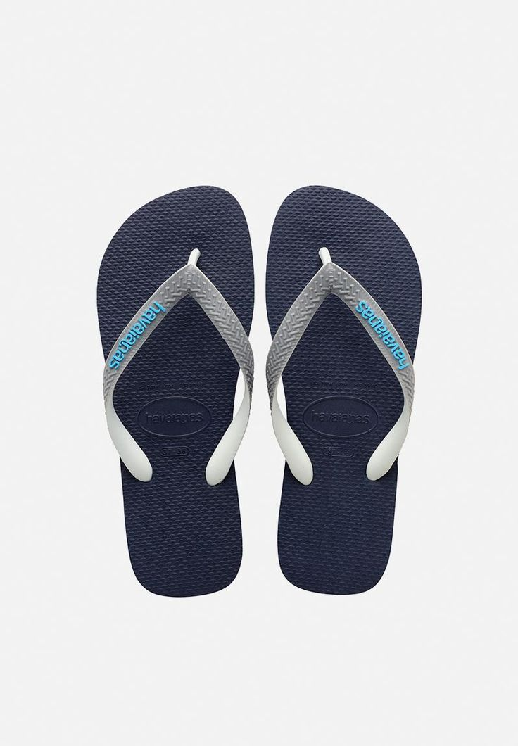 A Havaianas staple reworked, these flip flops feature a versatile shade with light colour pops for added effect. A summer wardrobe essential, they'll pair with chinos and swim shorts alike for casual style.
