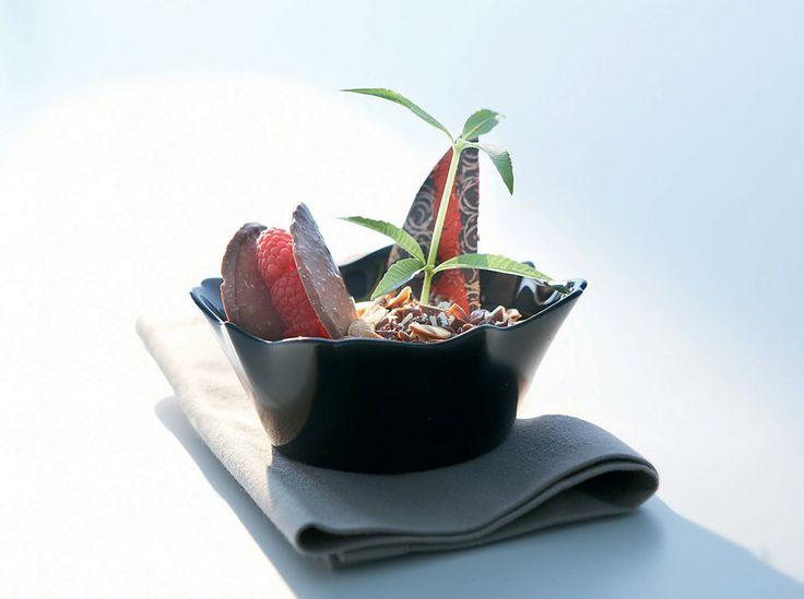 Luminarc Autnetic, egy igazi klasszikus. Étkészletek, csészék, tálak a www.teritettasztal.com kínálatában.