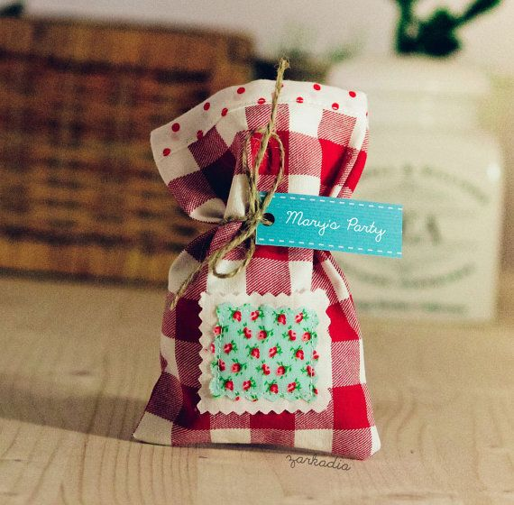 Red plaid 10 Christening favors fabric favor bags by Zarkadia
