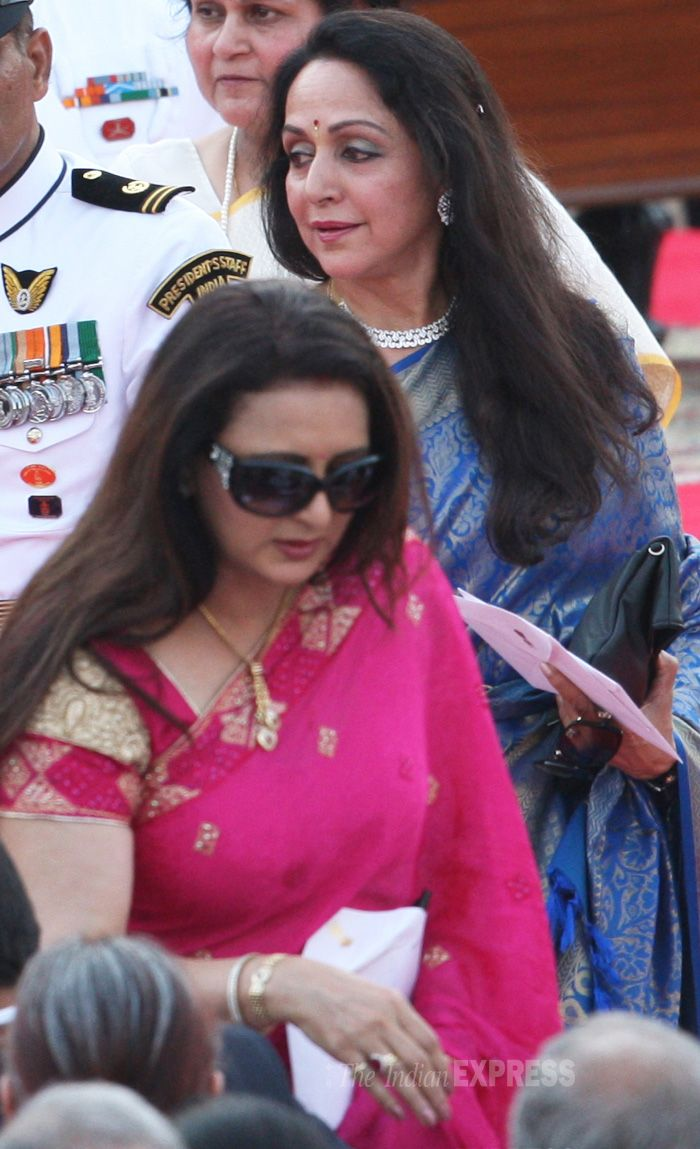 Poonam Dhillon & Hema Malini at Narendra Modi's swearing-in ceremony.