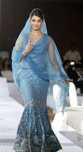 Aishwarya Rai as bride for Manish Malhotra's show!
