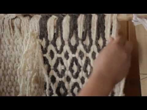 Artesanía Pewenche de Lonquimay: Kal - lana - YouTube