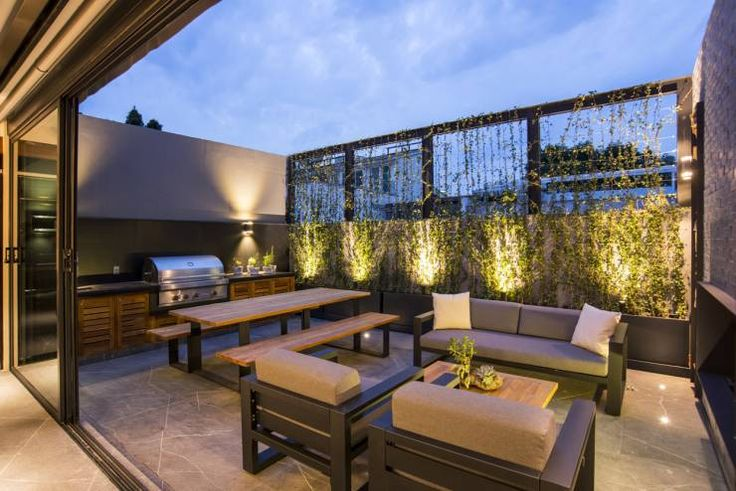 La Fontaine : Terrazas de estilo Moderno por Sobrado + Ugalde Arquitectos