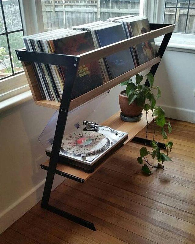 les 7 meilleures images du tableau meuble pour vinyles sur. Black Bedroom Furniture Sets. Home Design Ideas