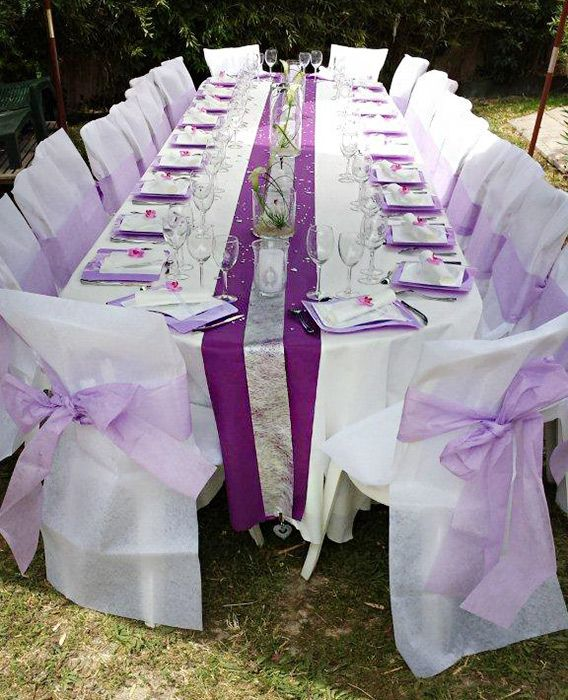 Table de mariage blanche violette et argent - Décoration de mariage de Valérie et Pascal