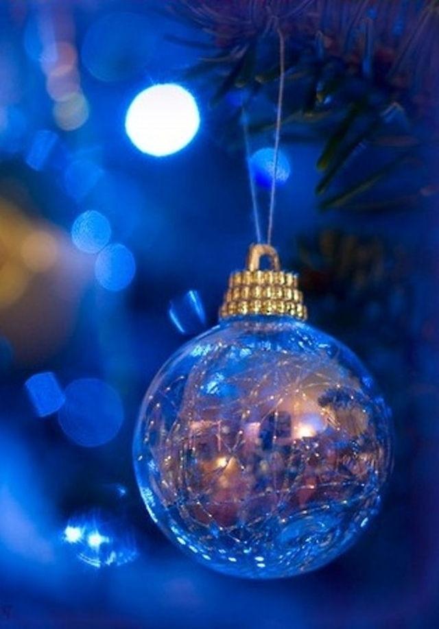 A blue, blue, blue Christmas...