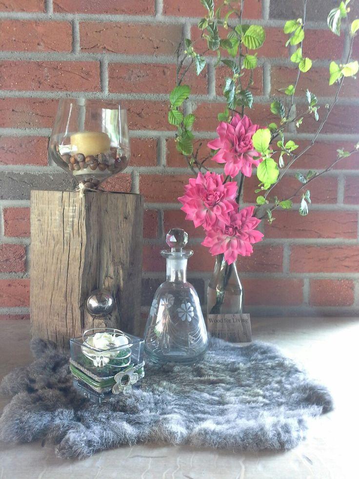 Wir fertigen verschiedene Kerzenständer an. Alle aus altem Eichengebinde, gerne auch in ihrer Wunschgröße!
