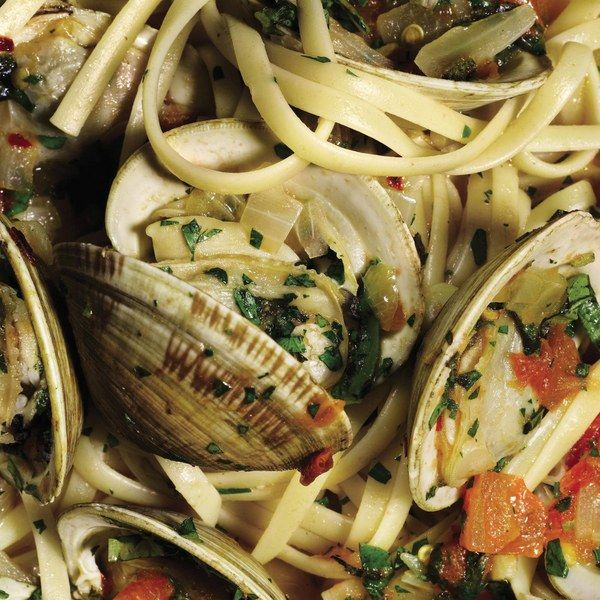 ... clams, Fresh basil, parsley, oregano, Crushed red pepper, Linguine