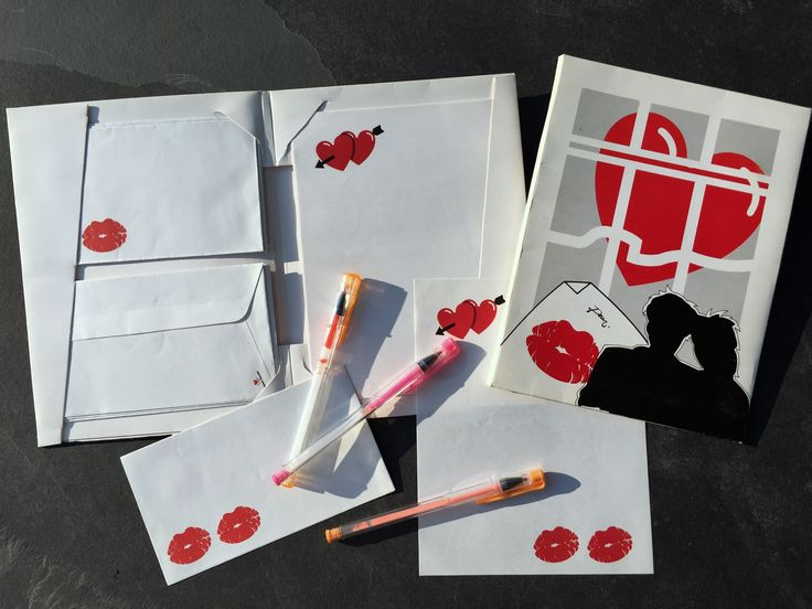 Stationery Hearts. Back to school campaign.  #Hallmark #verkerke #huubvanosch