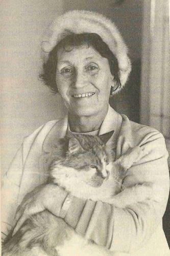 John Lennon's aunt Mimi and his cat Tim.