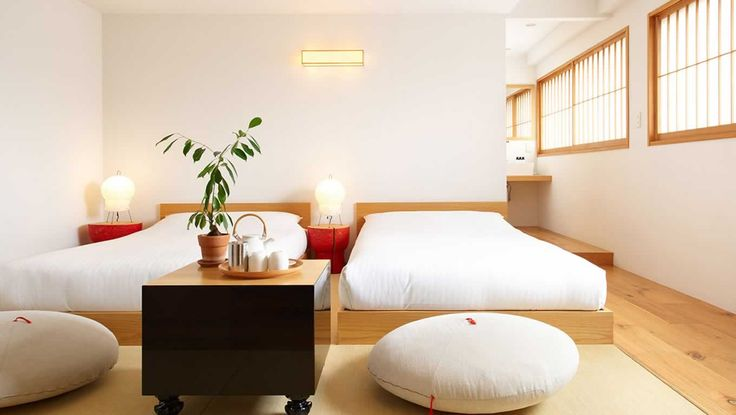 Hotel Room Design with Double Bed Laminate Wood Floor Wooden Bed Frame