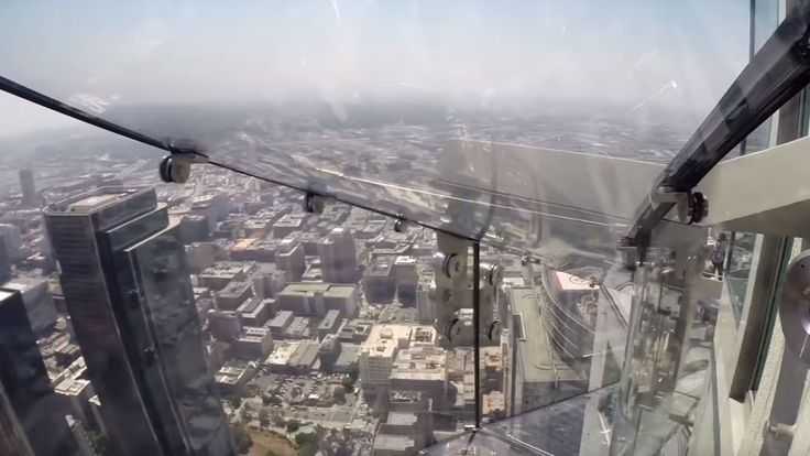 This LA Skyscraper Now Features A 300-Meter-High Glass Slide | IFLScience