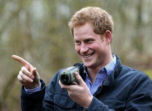 nice Αρραβωνιάστηκε κρυφά ο Πρίγκιπας Χάρι;