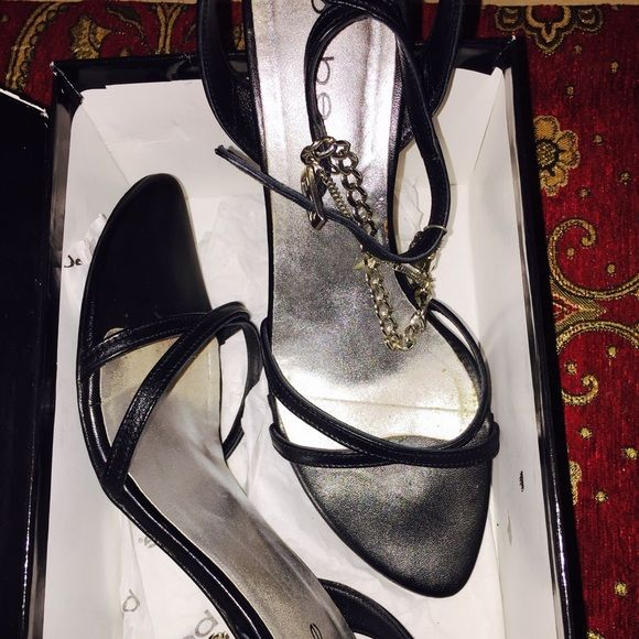 Bebe Euc lock chain detail. Dior style. Rock these 😍 lambskin. Inspires Dolce and Gabbana. 4.5 inches heels Bebe Shoes
