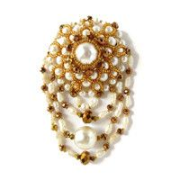 Queenofpearls handmade brooch – leFilomille