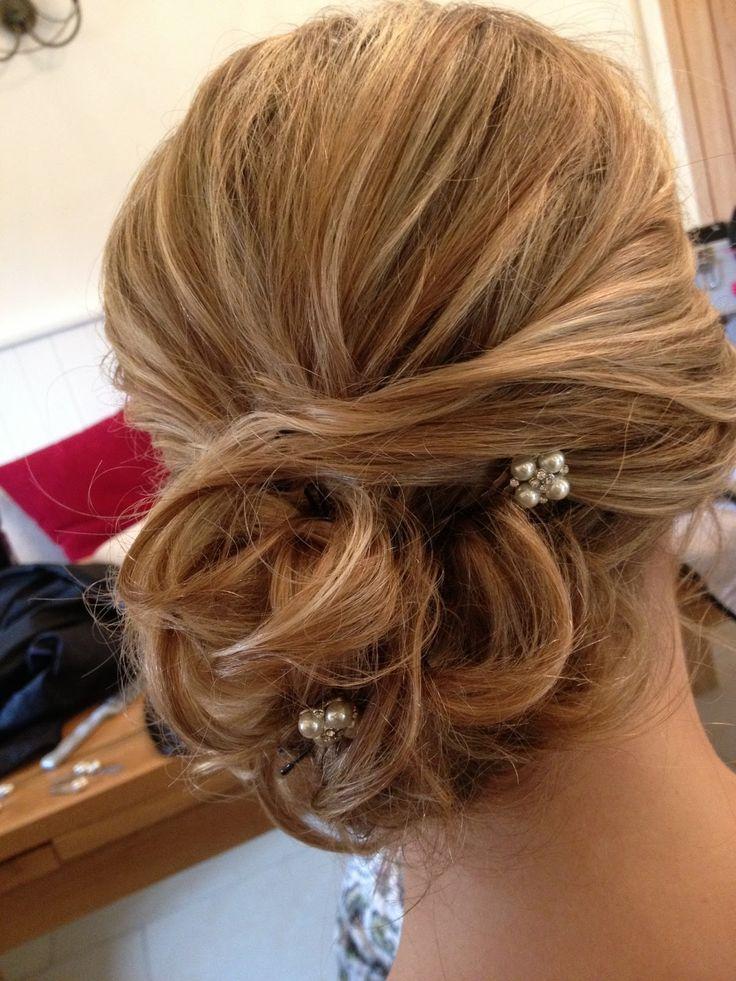 30 Latino Wedding Hairstyles Loose Bun Hairstyles Ideas Walk