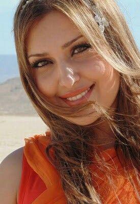 3744fe1a3bebe15a01d2afb7d87848d6  afghan girl nice makeup - Wonderful a Sugardaddy?