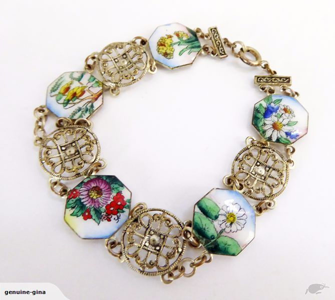 Vintage 1950's costume bracelet with enameled NZ flowers