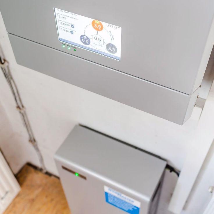 Ihre #Photovoltaikanlage erzeugt tagsüber Energie  und macht Sie dadurch unabhängiger vom öffentlichen Stromnetz und dessen Preisschwankungen. Um auch in den Abend- und Nachtstunden  diese Unabhängigkeit genießen zu können setzen immer mehr unserer Kunden auf einen Stromspeicher. In #Gomaringen haben wir erst kürzlich das Energy Storage System (ESS) von @lg_de verbaut. Das hocheffiziente #Stromspeicher-System mit Hybrid-Wechselrichter und 64 kWh Lithium-Ionen Speicher ist eine kompakte…