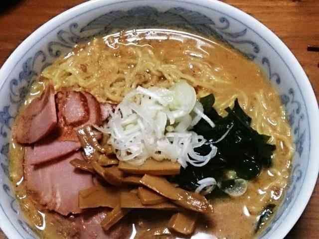 鍋に入れるだけ!手作りスープ味噌ラーメンの画像