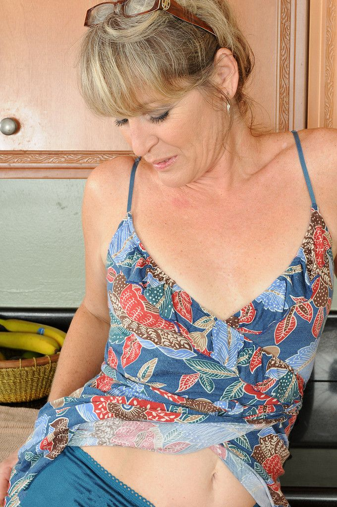 bessemer mature women dating site Bessemer's best 100% free milfs dating site meet thousands of single milfs in bessemer with mingle2's free personal ads and chat rooms our network of milfs women in bessemer is the perfect place to make friends or find a milf girlfriend in bessemer.
