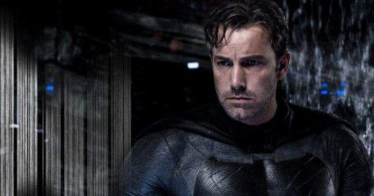 Momentos turbulentos nas aventuras do Batman no Universo Estendido da DC Comics. Depois de se afastar da direção do filme solo do Homem-Morcego, um novo rumor surgiu de que Ben Affleck estaria tentando deixar o papel do herói! A especulaçãoveio do episódio mais recente do Movie Talk, da Collider, quando John Campea afirmou que três …