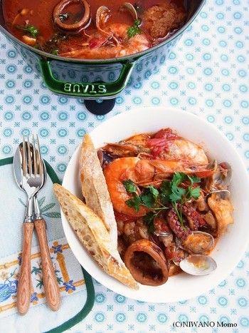 高タンパク・低脂肪って知ってた?和にも洋にも「たこ」レシピ ... staub(ストウブ)の大鍋で作る漁師料理。リヴォルノは、イタリア・