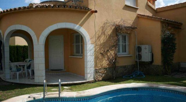 Villas Oliva Nova Golf Green House - #Villas - $230 - #Hotels #Spain #Oliva http://www.justigo.club/hotels/spain/oliva/olivanovagreenhouse_25063.html