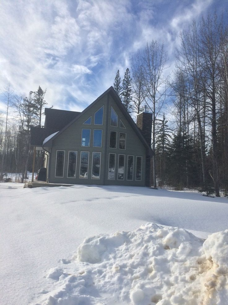 #spechome #cabin #cottage #beaverhomesandcottages #construction #HomeHardware #webuildwhatyouwant