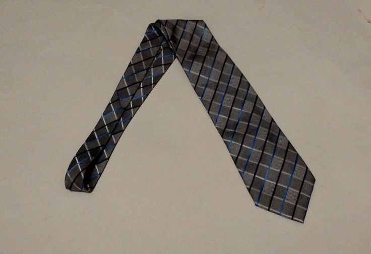 Venetto Mens Necktie Tie Italy Mode Grey Stripes Diamond Pattern  See all items at http://reduxresale.com